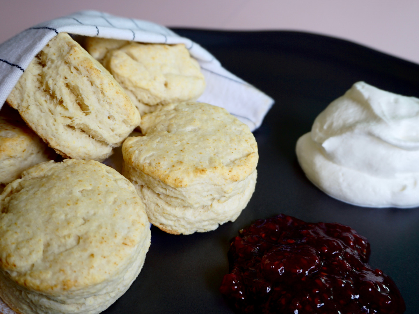 Irish scones with whipped cream and jam